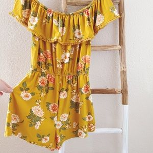 Derek Heart Pants & Jumpsuits - NWT Derek Heart Yellow Romper
